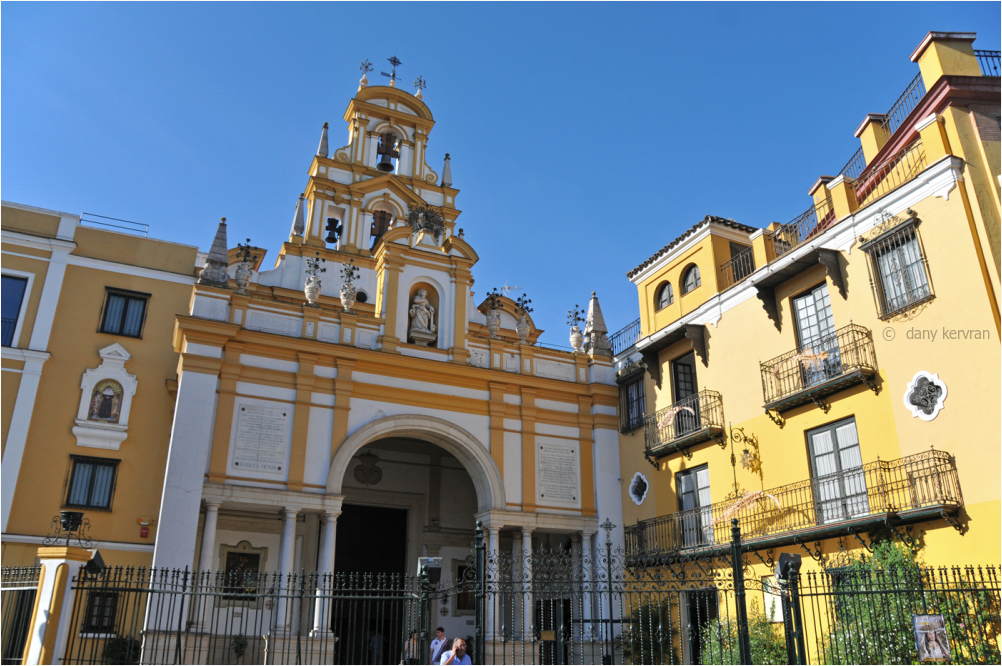 entrance of the basilica of Macarena