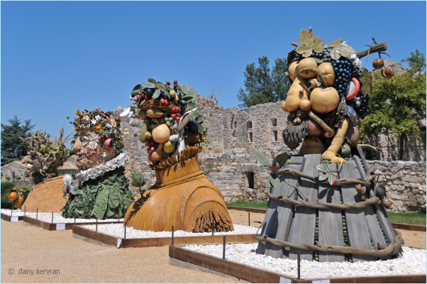 sculptures by Philip Haas inspired by Arcimboldo