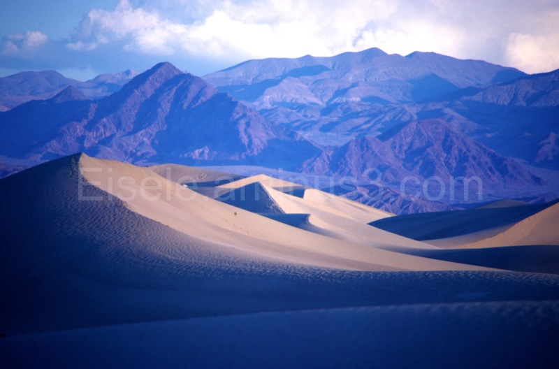 Saint Anthony sand dunes; mountains