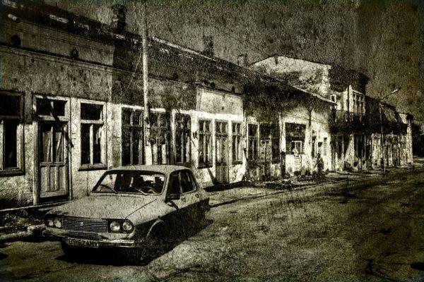 100 years ago street of merchants
