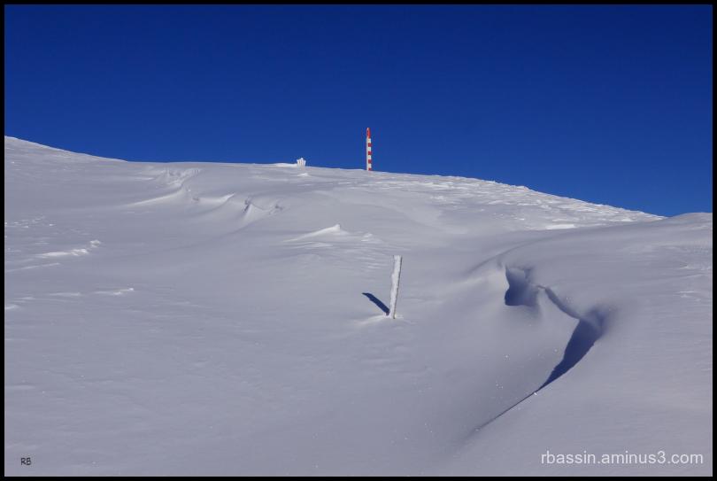 Neige sculptée par le vent