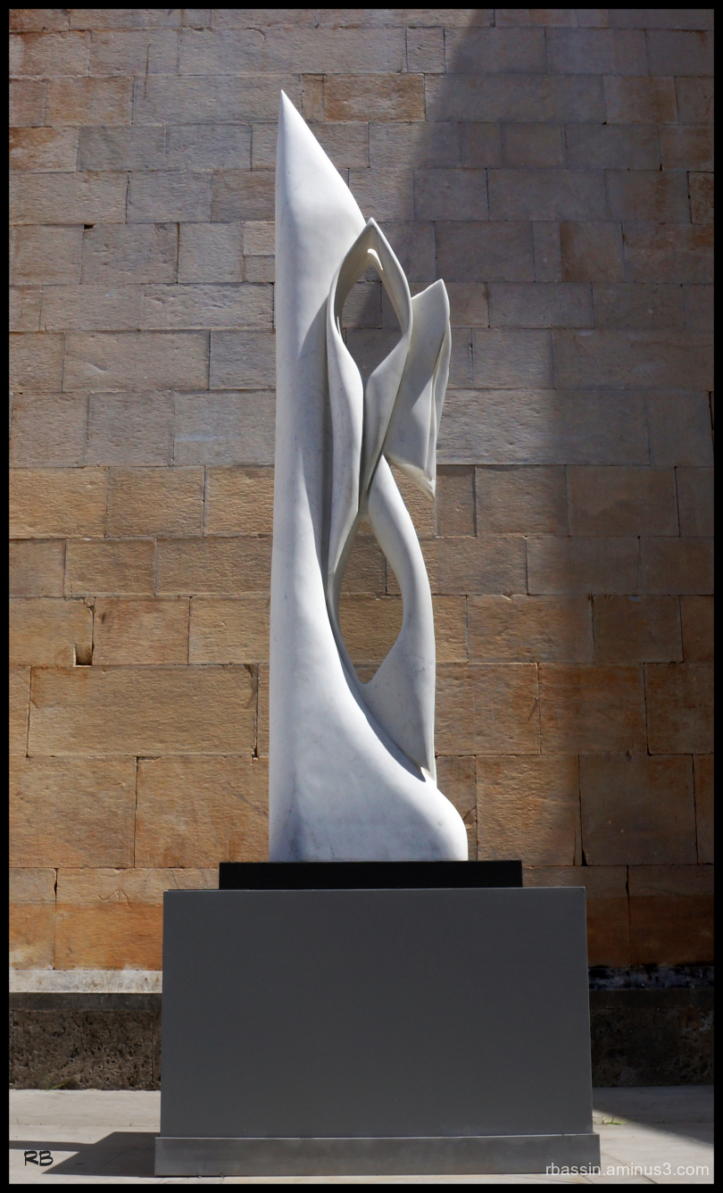 sculture marbre blanc