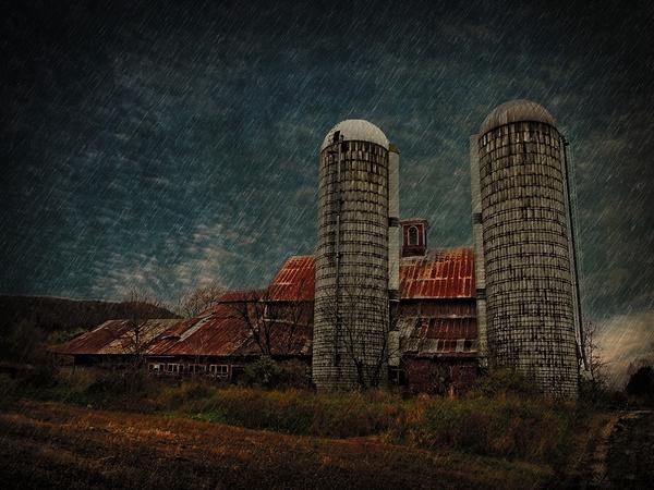 Run Down Barn. Vermont