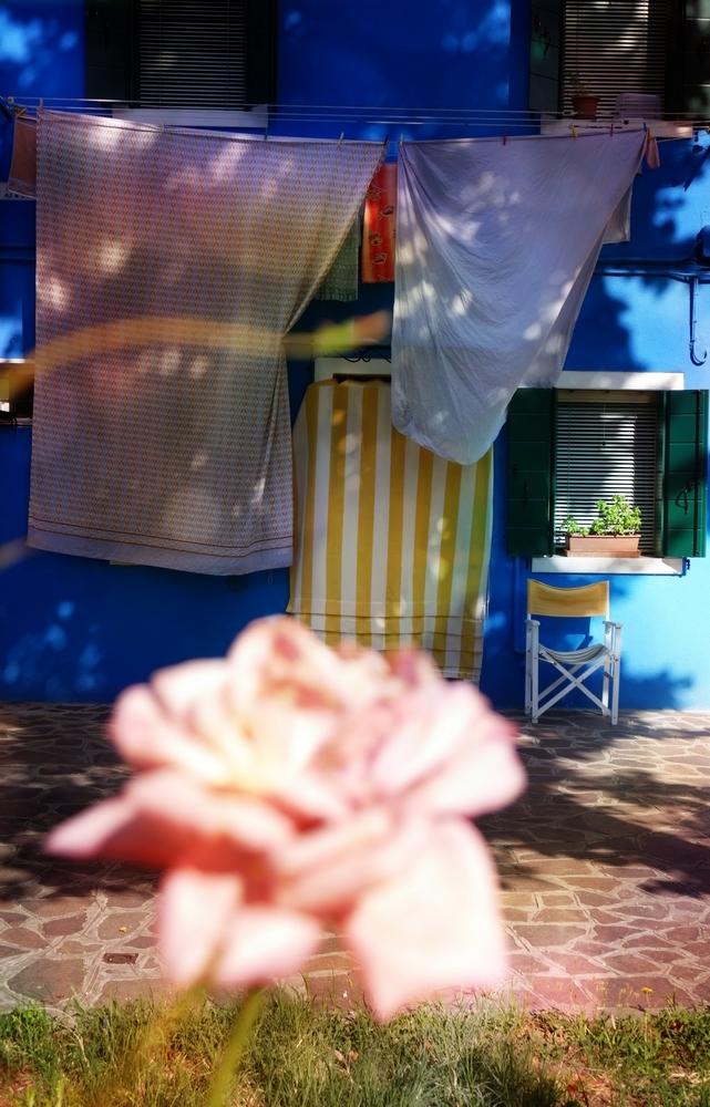 Des draps parfumés de rose...
