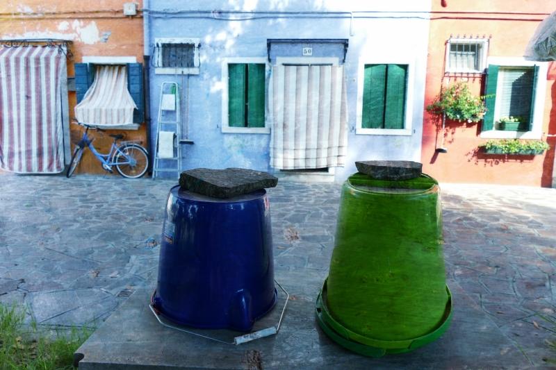 Pots de fleurs muraux...