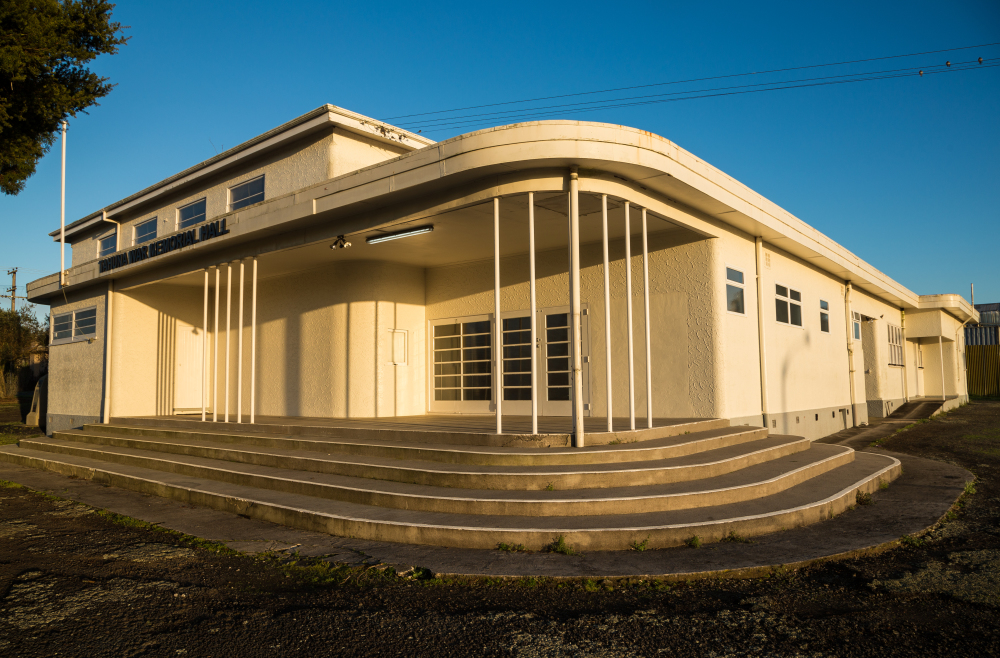 Tahuna War Memorial Hall