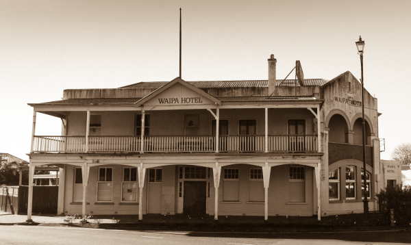 Waipa Hotel