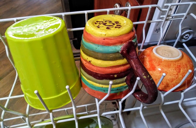 warm color ceramic dishes in dishwasher in harmony