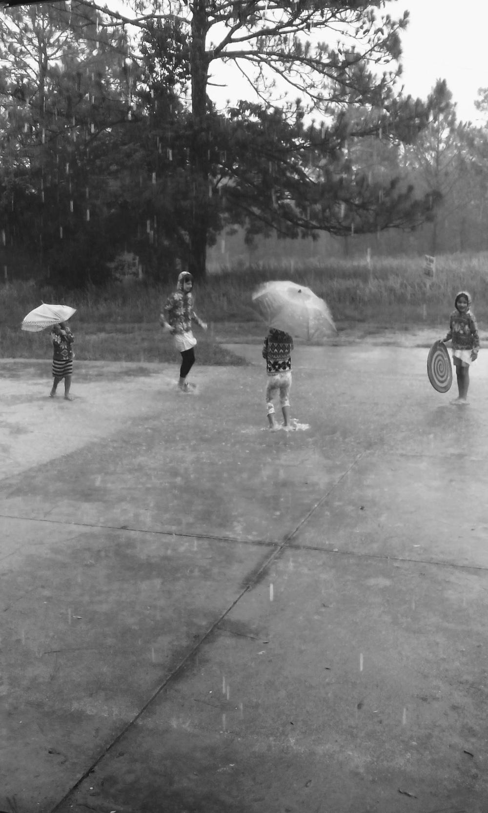 Rain Play VI
