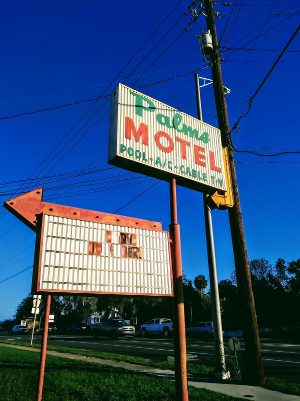 Palms Motel Sign