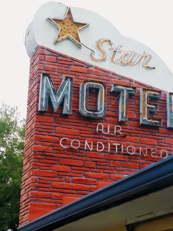 Star Motel II