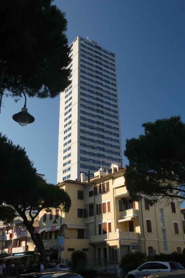 grattacielo Cesenatico