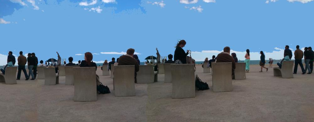 Gent a la platja de la Barceloneta