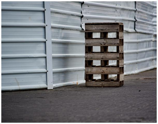 wodden crate