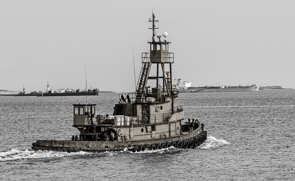 MISS ILA. Boston Tug.