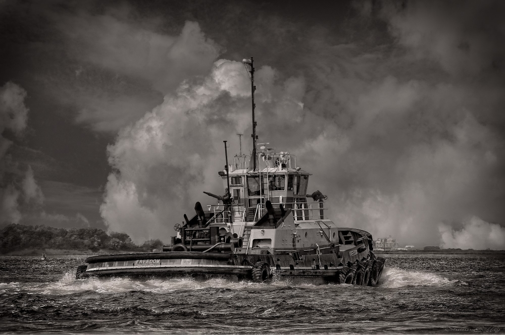 FREEDOM. Boston Tug.