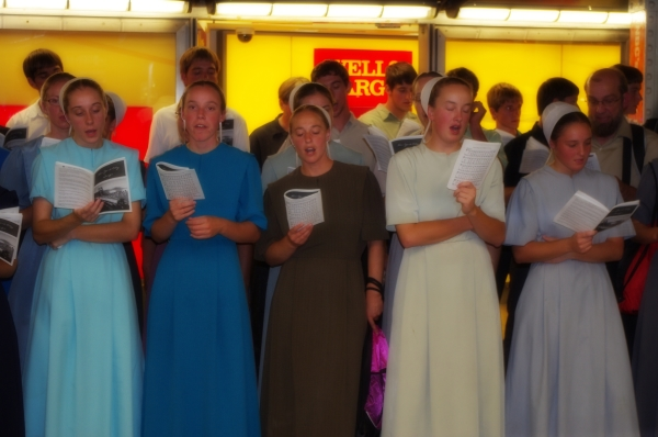Choir. Times Square New York.