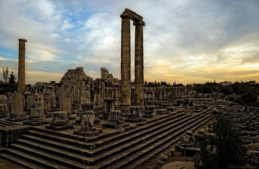 Temple  Of Apollo. Didim. Turkey.
