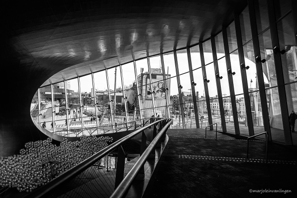 TRAIN STATION ARNHEM 10