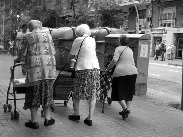 Barcelona - friends together