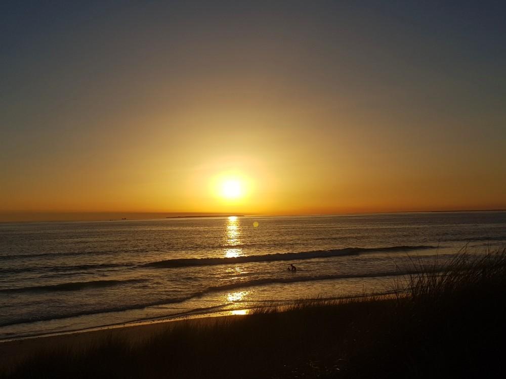 Au soleil couchant ...