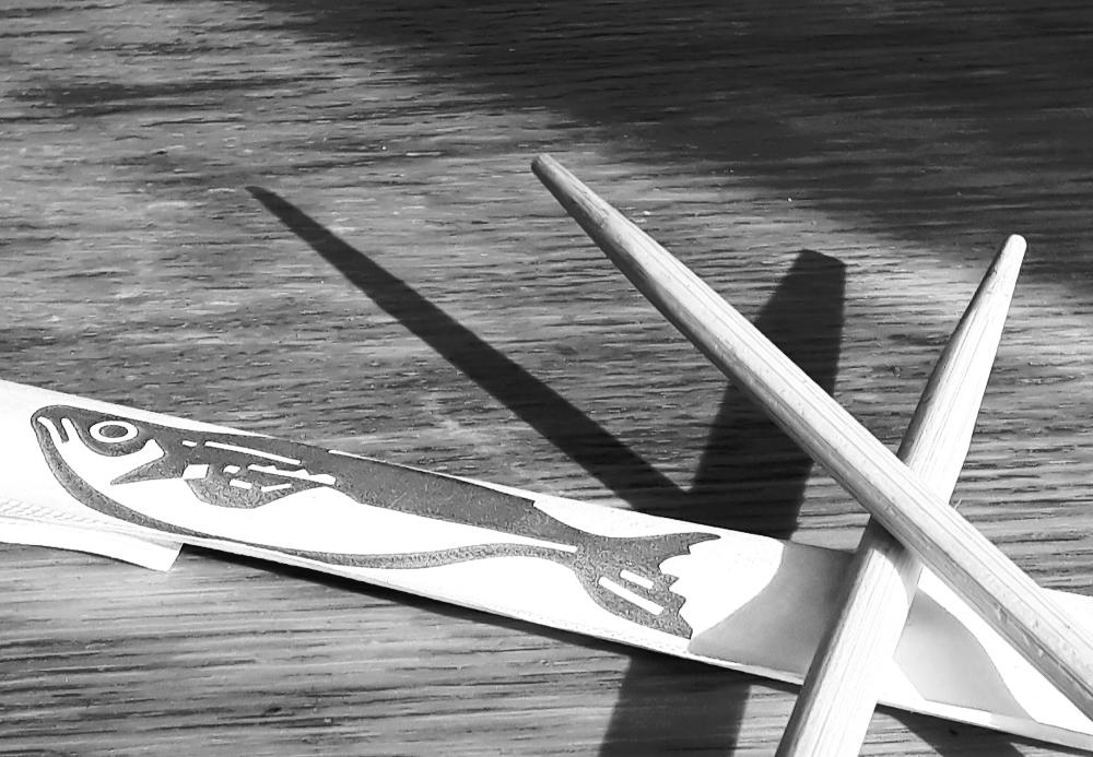 Chopstick shadow