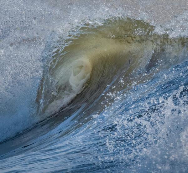 Inside Curl of a Wave