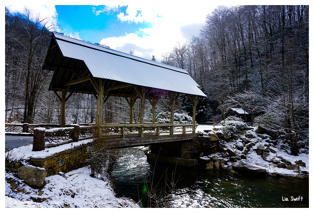 Snowed bridge