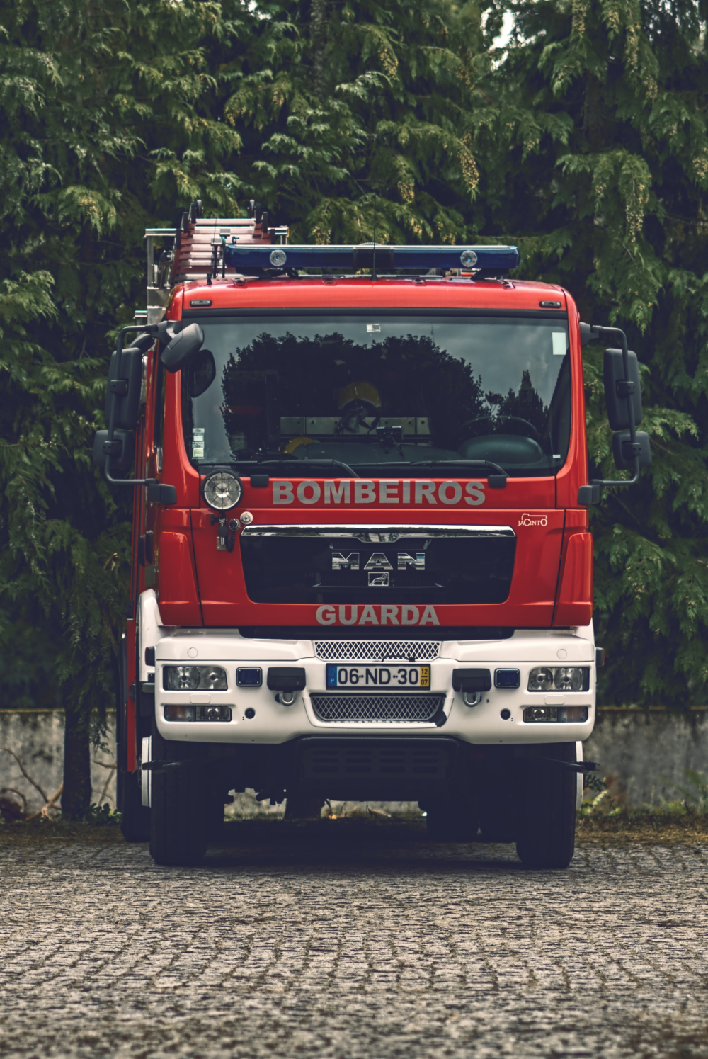 Firetruck Street Photography Guarda lifestyle