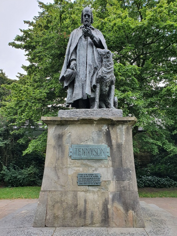 Statue of Lord Alfred Tennyson