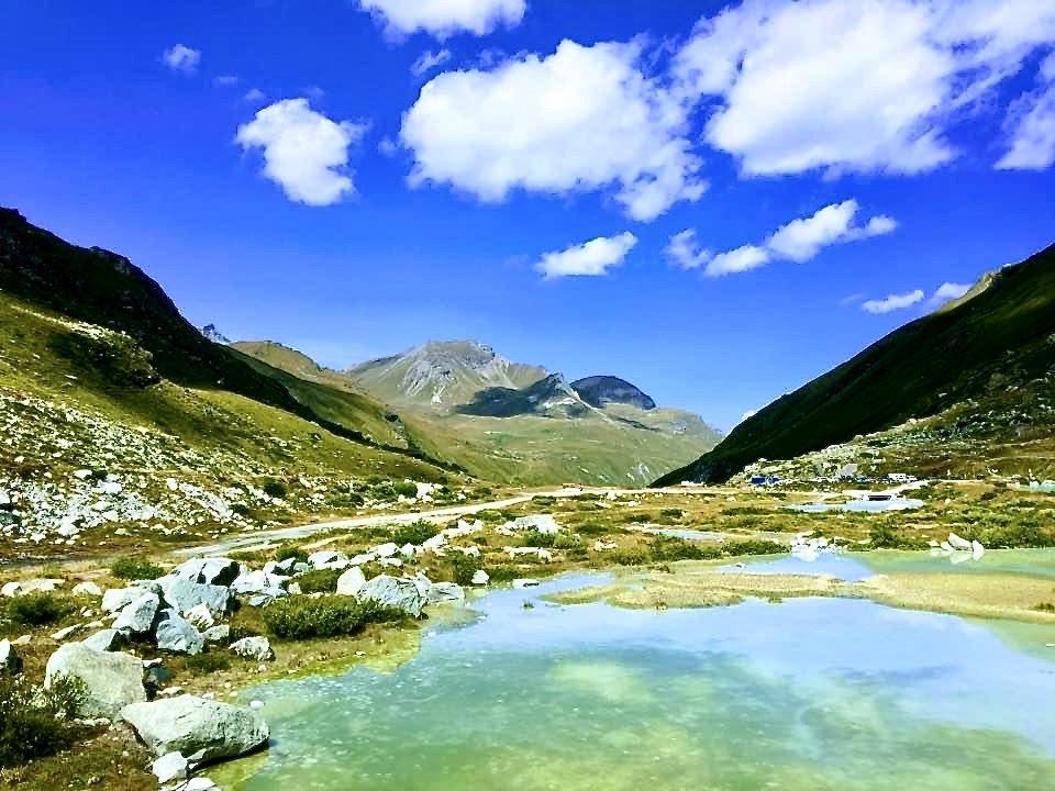 Le lac de la Bayenna 2200 m.