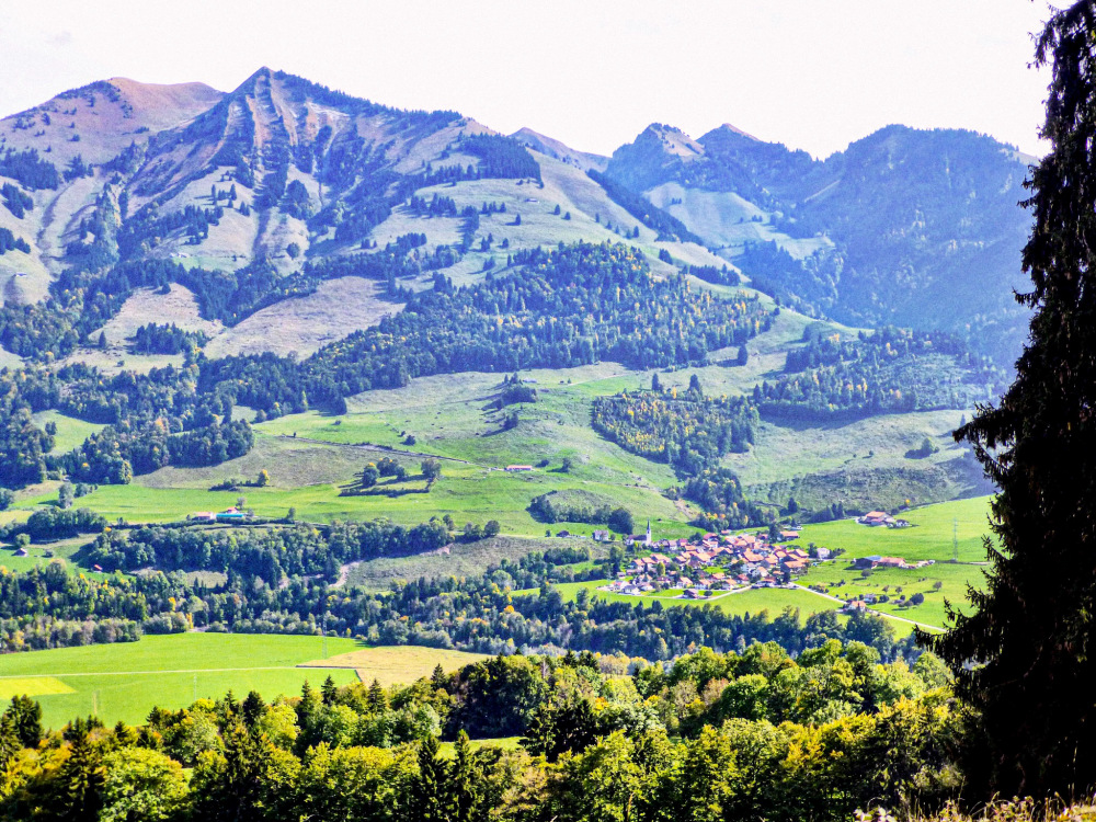 La vallée de l' Intyamon
