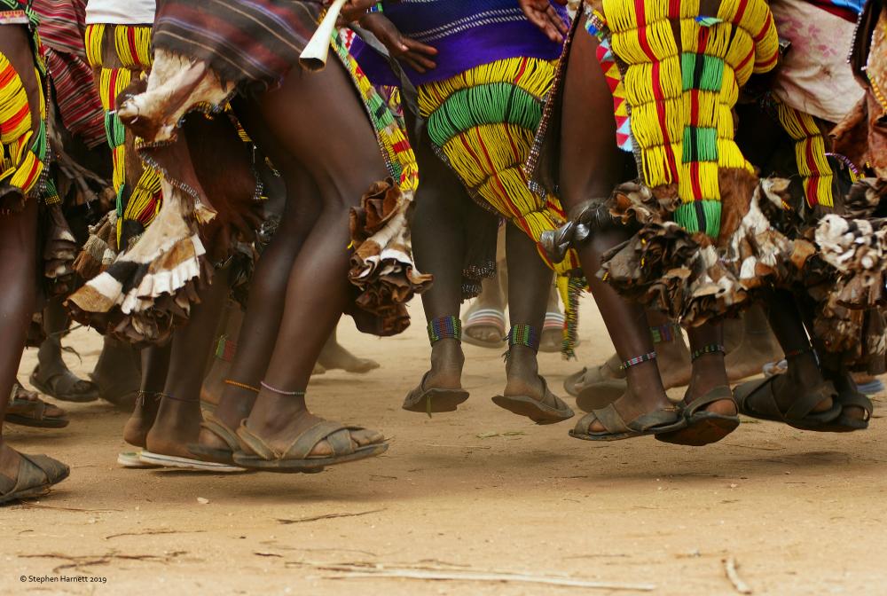 Hamer Women dancing