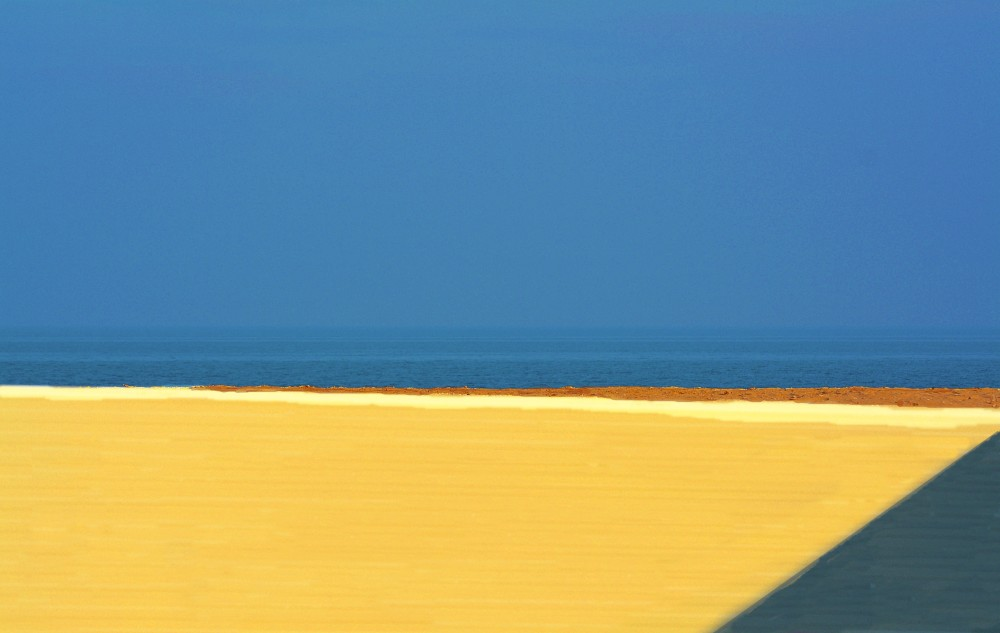 minimal beach and sea