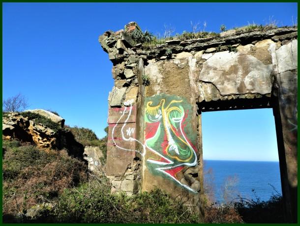 Grafitia itsas ondoan / Graffiti on the sea