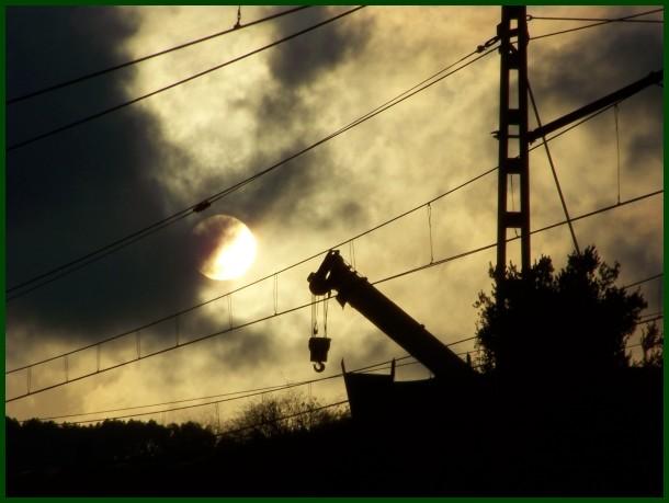 Txirrika eguzkiaren aurka / Pulley against the sun