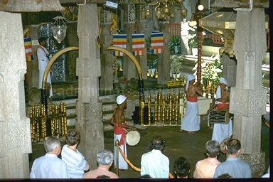Tooth Temple in Kandy, Ceremony, 1993