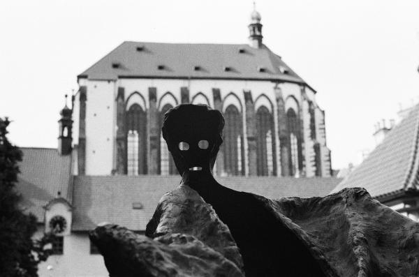Wild Girls Statue in Prague