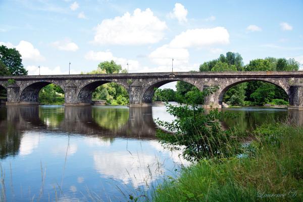 Pont du Château ville d'Auvergne