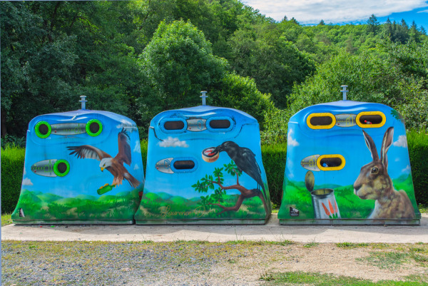 Les containers à Miremont en Auvergne